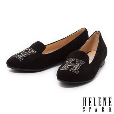 HELENE-SPARK-時尚字母造型羊麂皮樂福平