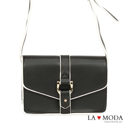 La Moda 設計感街頭Look 硬挺牛紋肩背郵差包(黑)