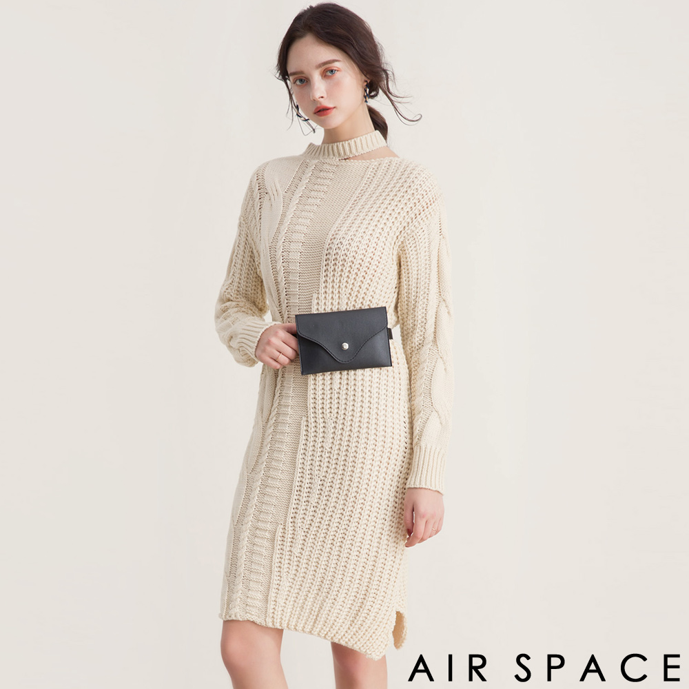 AIR SPACE繞脖設計腰包麻花針織長洋裝附腰包杏