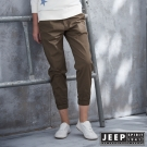 Jeep 女裝 彈性抽繩七分束口褲 (卡其色)