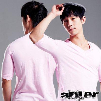 上衣 七分袖彈性合身棉雙V領T恤(親切粉) aDLer