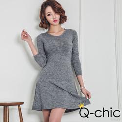 雪花混色簡約傘版修身洋裝 (共二色)-Q-chic