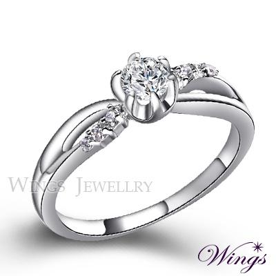 Wings 纏繞心扉 八心八箭方晶鋯石美鑽戒指 女戒