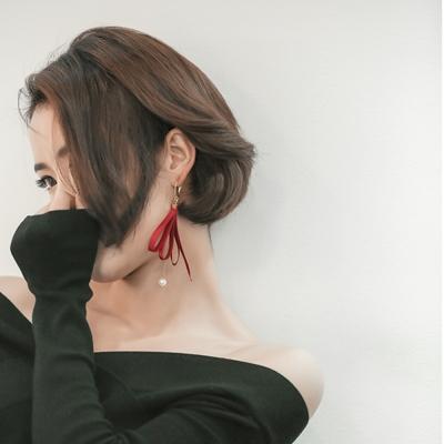 梨花HaN  韓國進口綢緞不對襯絲帶鑽石耳環