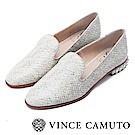 Vince Camuto 英倫搖滾 金屬尖頭低跟樂福鞋-白色