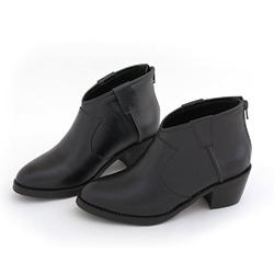 前V口顯瘦修飾真皮短靴