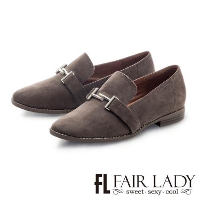 Fair Lady 金屬釦帶裝飾麂皮菸口鞋 摩卡