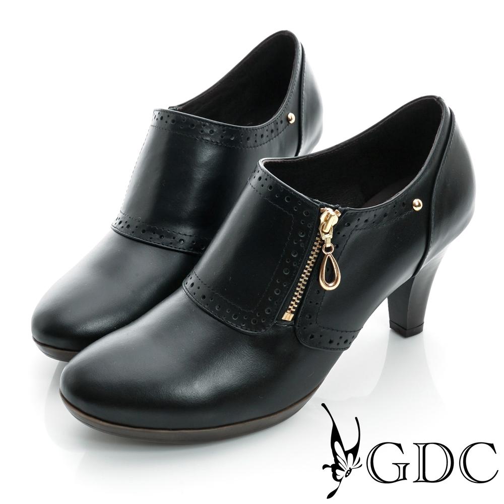 GDC個性-牛津拉鍊鉚釘真皮中跟踝靴-黑色