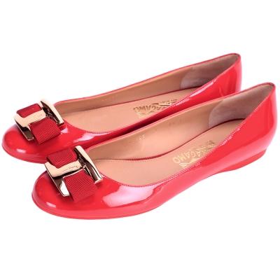 Salvatore Ferragamo Ninna 經典漆皮平底鞋(紅色)