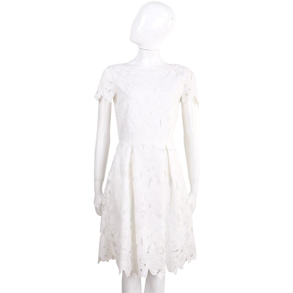 BLUGIRL 白色浮雕織花蕾絲短袖洋裝