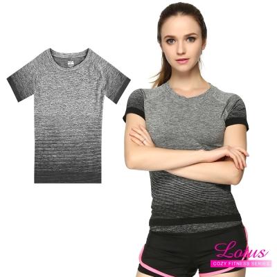 運動T恤 質感漸層立體剪裁彈力速乾短袖運動上衣-個性黑 快速到貨 LOTUS