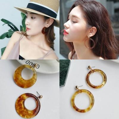 梨花HaNA 韓國復古年代琥珀亞克力金珠耳環