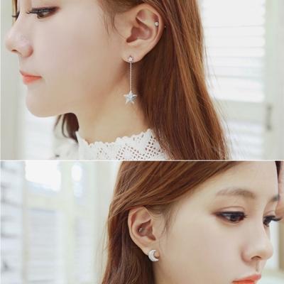 梨花HaNA-韓國垂綴不對襯美好星月共舞耳環夾式金色