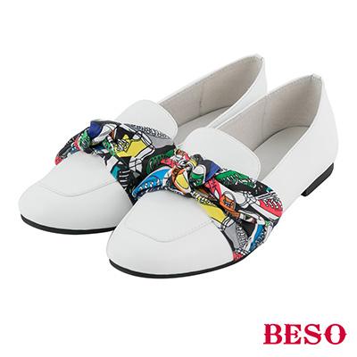 BESO 俏皮印象 全真皮浪漫花布蝴蝶結撞色方頭休閒鞋~白
