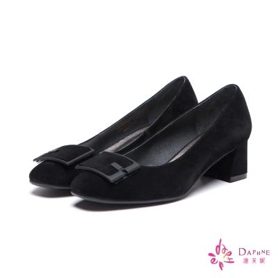 達芙妮DAPHNE-高跟鞋-全真皮麂皮方型釦飾粗跟鞋-黑8H