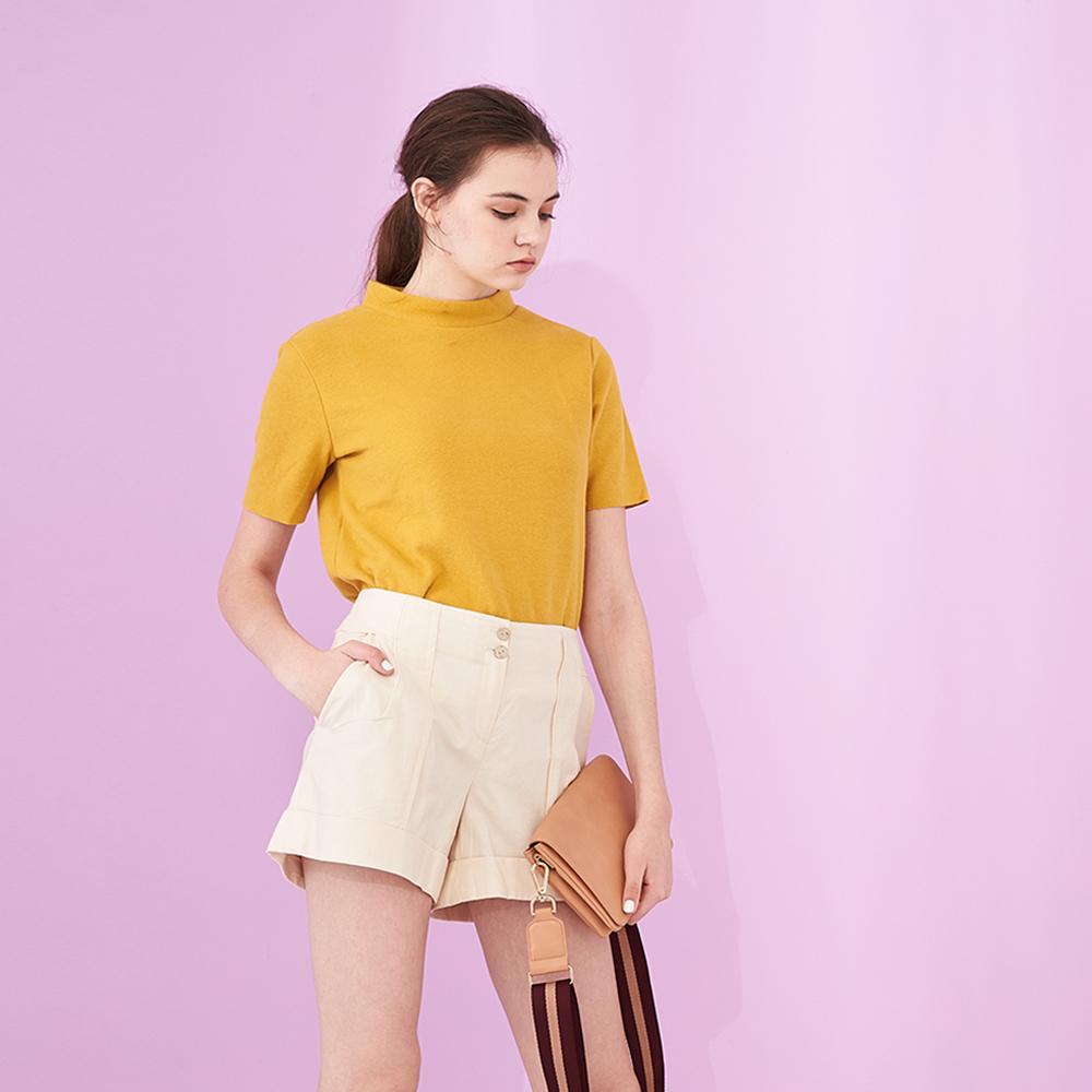 ICHE 衣哲 簡約時尚純色挺版反摺鉛筆造型百搭造型短褲-米