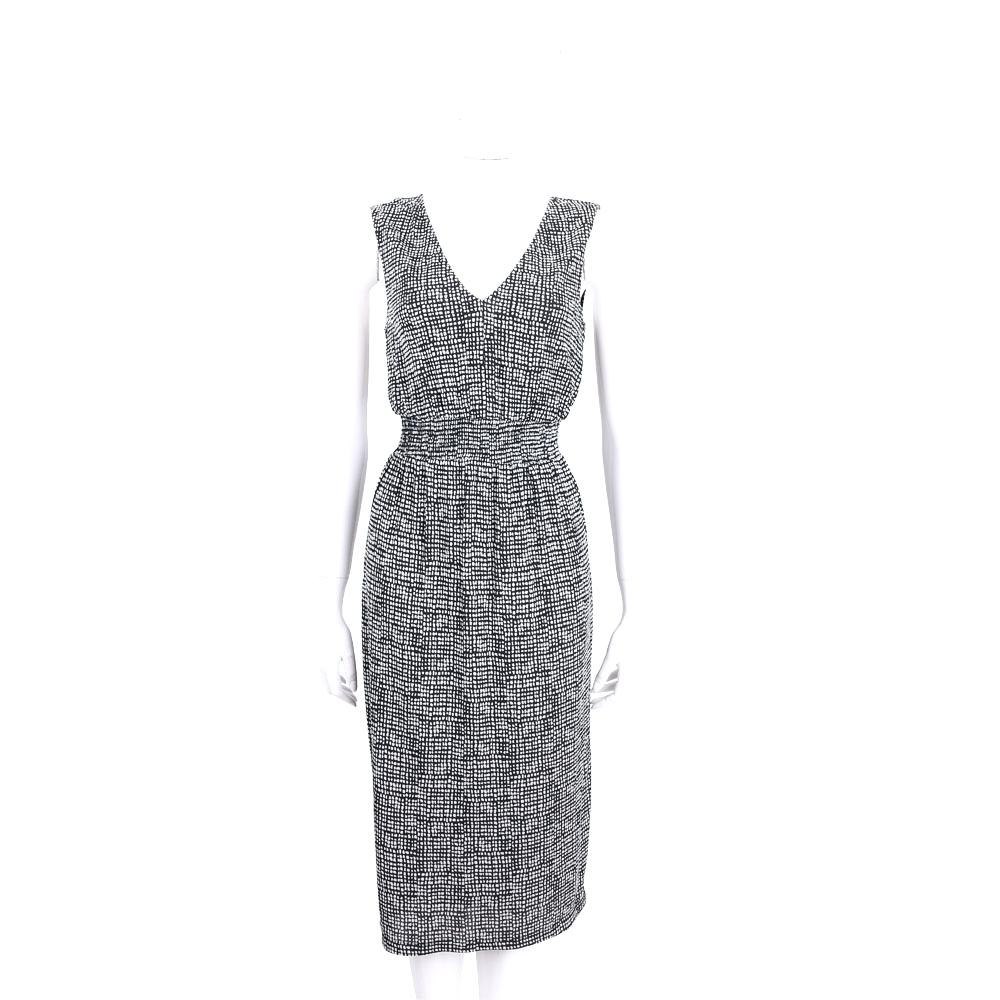 Max Mara 黑x白色網格V領無袖洋裝