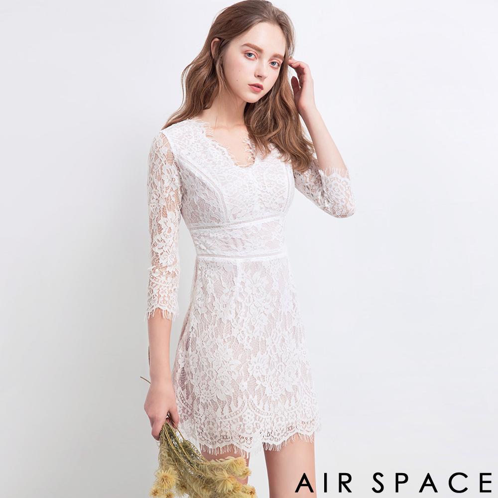 AIR SPACE  法式蕾絲花邊透膚V領洋裝(白)