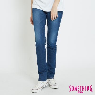 SOMETHING V-HIP釘珠提臀直筒褲-女-拔洗藍