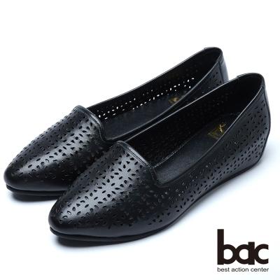 bac舒適真皮 簍空雕花隱藏增高鞋-黑色