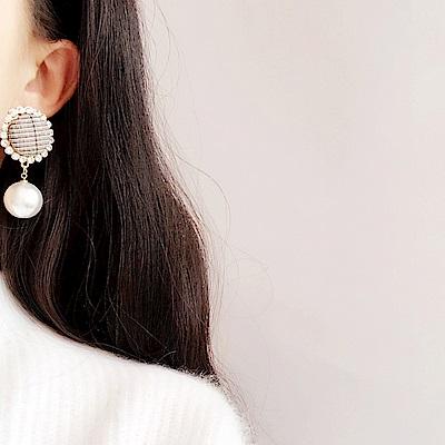 梨花HaNA 韓國經典不敗層次格紋鑲珍珠耳環