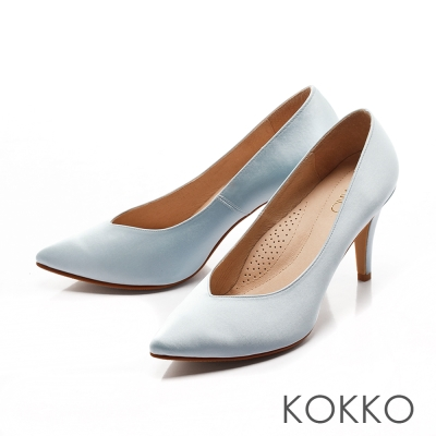 KOKKO-經典尖頭光感絲緞桃心口高跟鞋-天堂藍
