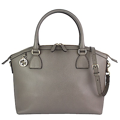 GUCCI 灰色真皮雙G金屬品牌吊飾斜背/手提包(大)