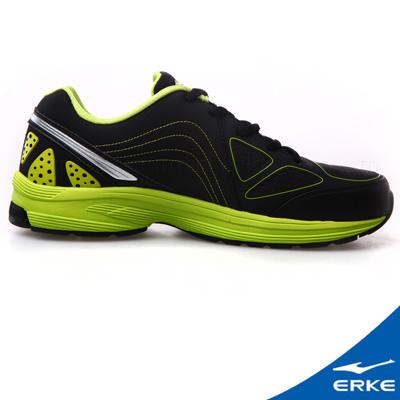 ERKE 鴻星爾克。男運動常規慢跑鞋-正黑/清竹綠
