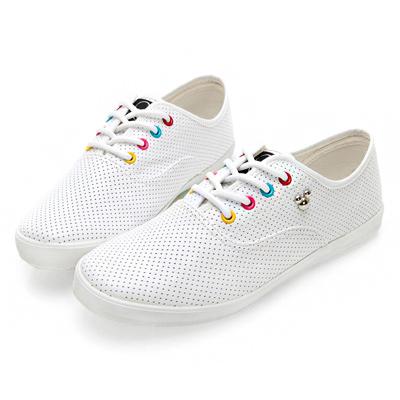 DISNEY 朝氣滿點 彩色鞋孔米奇仿皮休閒鞋-白