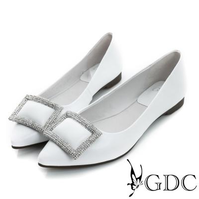 GDC-時尚都會方形水鑽飾扣真皮平底尖頭娃娃鞋-白色