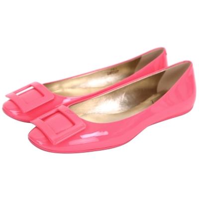 Roger Vivier Gommette 漆皮方框平底娃娃鞋(粉色)