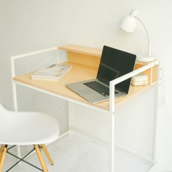 Home Feeling 簡約附插座高機能電腦桌/工作桌/書桌(2色可選)