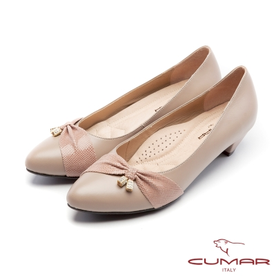 CUMAR優雅拼接精緻異材質小飾釦裝飾粗跟低跟鞋可