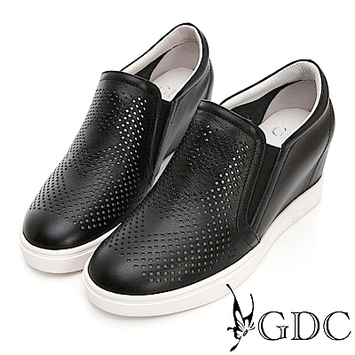 GDC-真皮愛心沖孔楔型休閒鞋-黑色