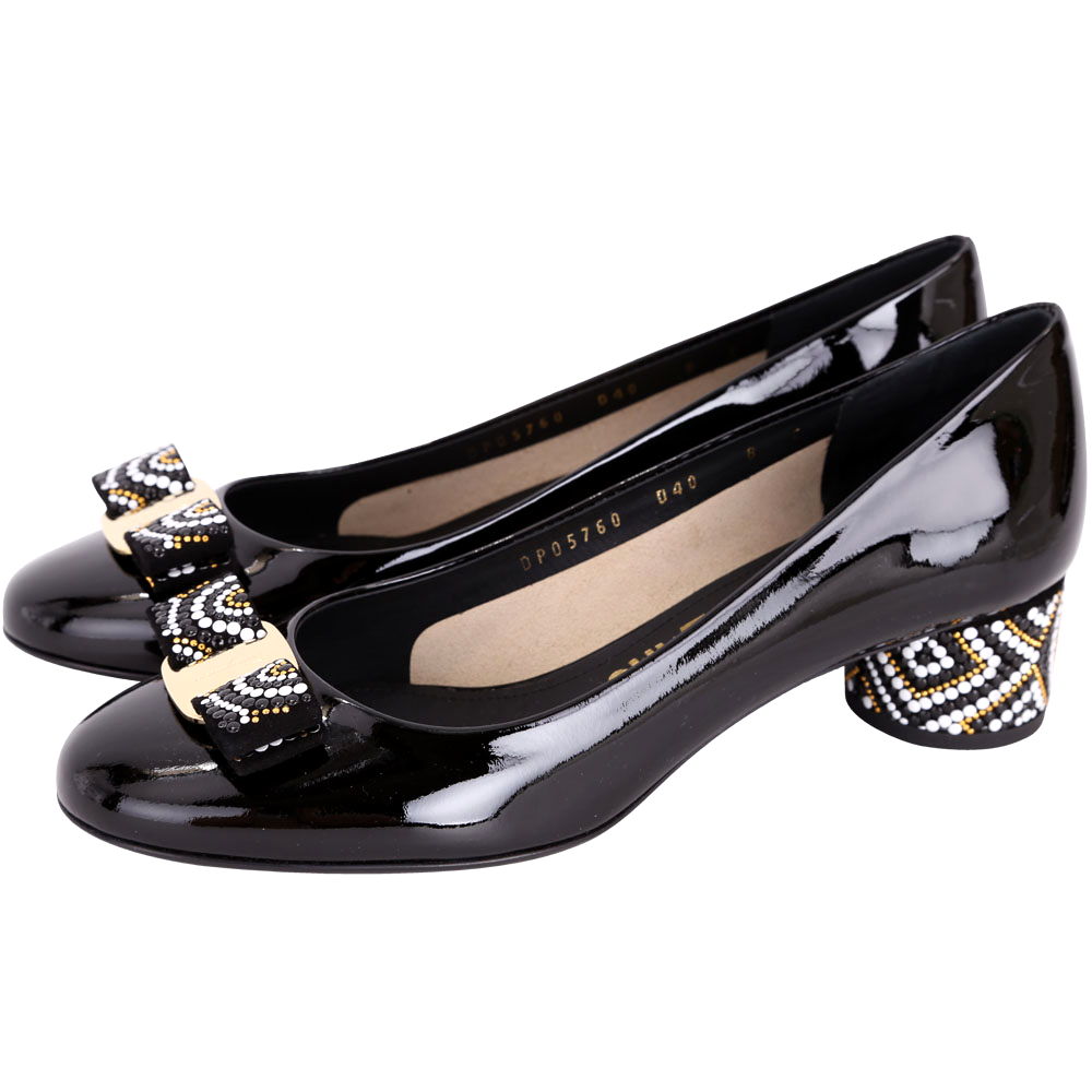 Salvatore Ferragamo Eva Mosaic 黑色珠飾漆皮粗跟鞋