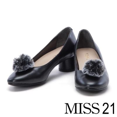 跟鞋 MISS 21 復古活動式珍珠小毛球圓柱粗跟鞋-黑