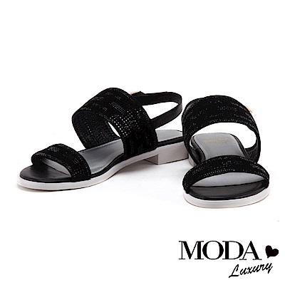 涼鞋 MODA Luxury 異材質拼接沖孔設計一字粗低跟涼鞋-黑