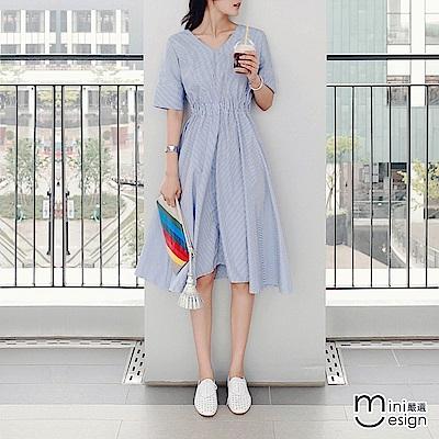 V領條紋中長連身洋裝 淺藍色-mini嚴選