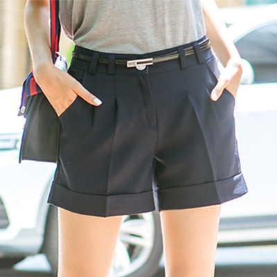 正韓-修身線條質感高腰西裝短褲-共三色-N-C21