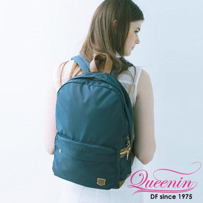 DF Queenin日韓 - 日本熱銷休閒系輕尼龍質感後背包-深藍