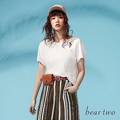 beartwo 後扭結造型串珠標語造型上衣(二色)