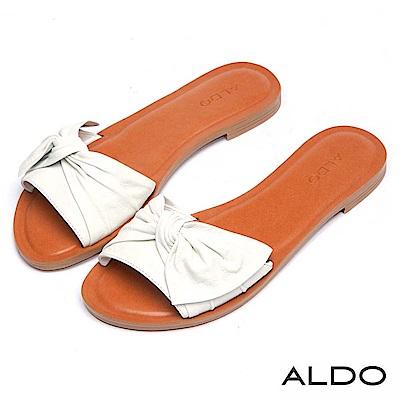 ALDO 原色真皮抽皺蝴蝶扭結木紋粗跟涼拖鞋~氣質白色