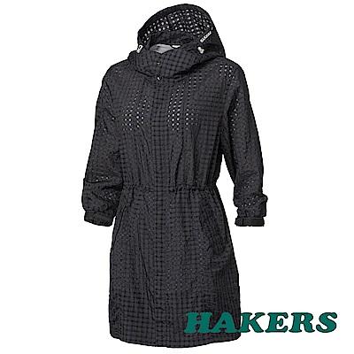 HAKERS女-抗UV防潑格紋長版外套-隕石黑