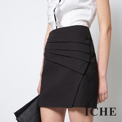 ICHE 衣哲 俐落百搭剪接時尚造型黑短裙