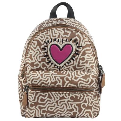 COACH Keith Haring聯名人型愛心塗鴨尼龍後背包(小/焦糖)COACH