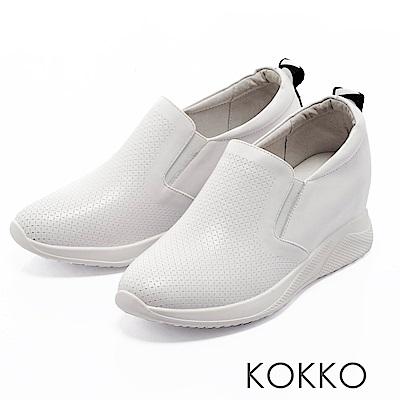 KOKKO - 運動風潮內增高真皮休閒鞋-椰奶白