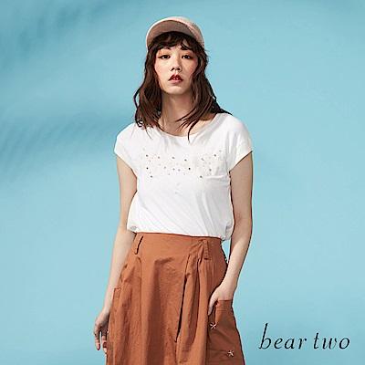 beartwo 網路獨家-寬鬆感細緻串珠造型上衣(二色)