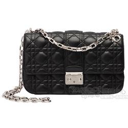 Christian Dior Miss Dior菱格壓紋小羊皮銀鍊斜背包(中款/長鍊)