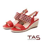 TAS 幾何圖騰燙鑽寬繫帶楔型涼鞋-絕美紅