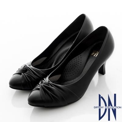 DN 優雅首選 質感MIT抓皺造型羊皮尖頭跟鞋 黑